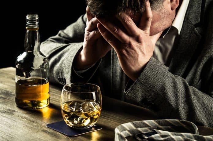 alkoholizam, droge, konzumacija supstanci, bolesti zavisnosti, depresija, anksioznost