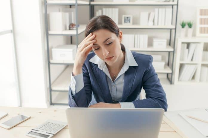 posao, dosadan posao, neinspirativan posao, sagorevanje na poslu, dosada, rutina