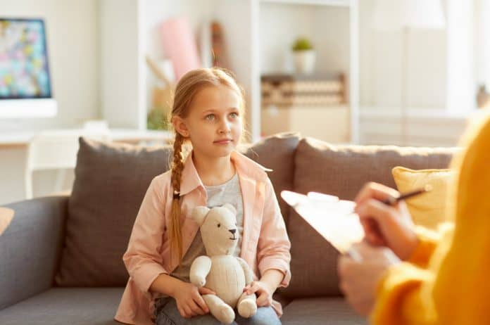 psihoterapija, dečija psihoterapija, dečija terapija, terapija, stručna pomoć, problemi kod dece, mentalni problemi kod dece