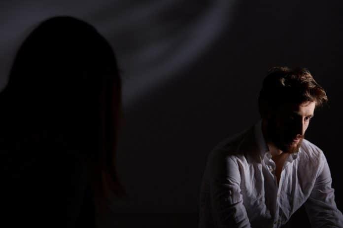 bipolarni poremećaj, poremećaj, mentalni poremećaj, depresija, manija, depresivna epizoda, manična epizoda, kako pomoći voljenoj osobi