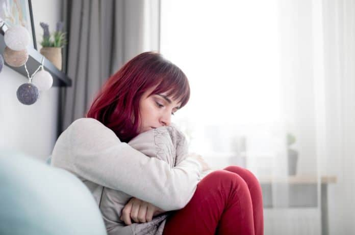 anksioznost, kako pobediti anksioznost, um, telo, duh, dekonstrukcija anksioznosti, brigam uznemirenost, smirenost, mir, napetost, disanje, vežbe, napetost, agitacija, čula, misli