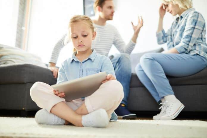 roditeljstvo, roditelj, dete, autoritet, tinejdžer, adolescent, adolescencija, pravila, granice, odgovornost,