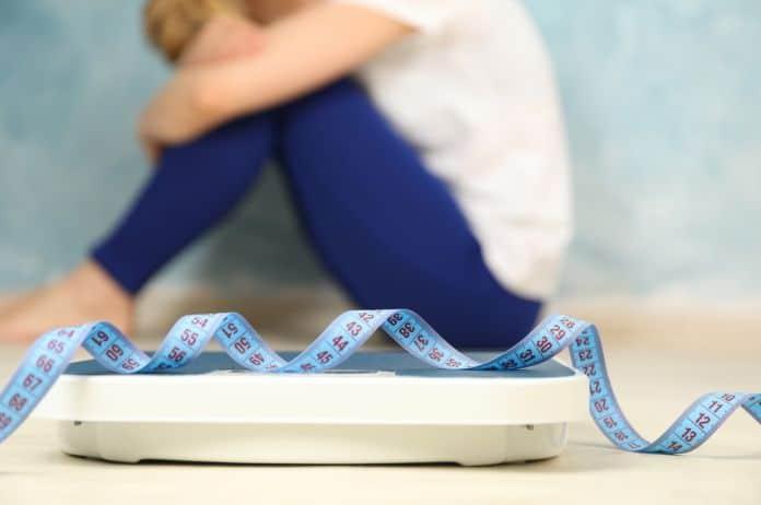kilaža, vaga, merenje, ishrana, poremećaji ishrane, mršavljenje, gojaznost, kilogrami, dijeta, intuitivna ishrana